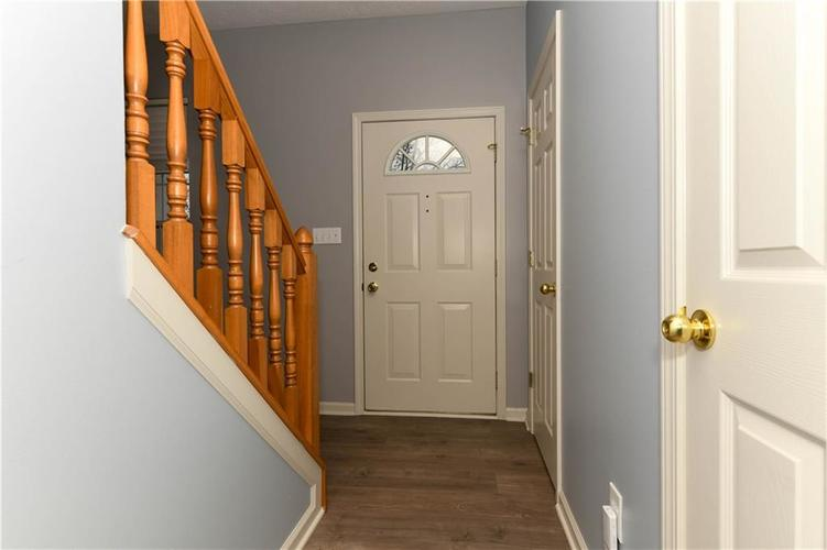 8391 Glen Highlands Drive Indianapolis, IN 46236 | MLS 21690162 | photo 15