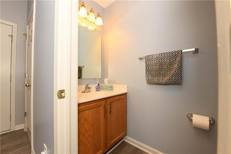 8391 Glen Highlands Drive Indianapolis, IN 46236 | MLS 21690162 | photo 16