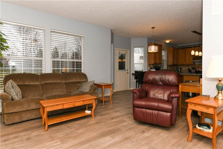 8391 Glen Highlands Drive Indianapolis, IN 46236 | MLS 21690162 | photo 25
