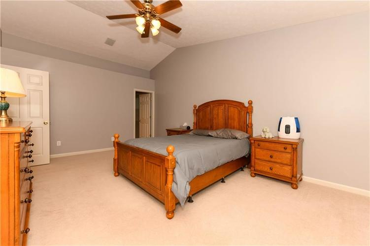 8391 Glen Highlands Drive Indianapolis, IN 46236 | MLS 21690162 | photo 30