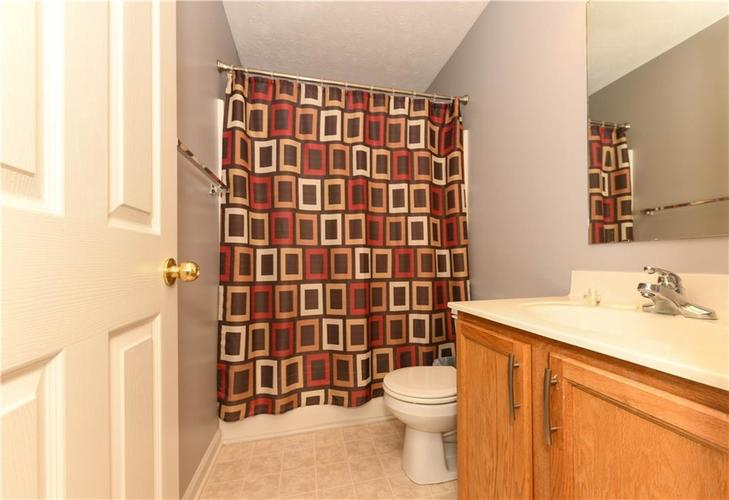 8391 Glen Highlands Drive Indianapolis, IN 46236 | MLS 21690162 | photo 35