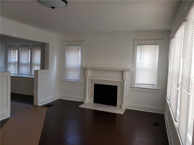 5004 E New York Street Indianapolis, IN 46201 | MLS 21690204 | photo 12