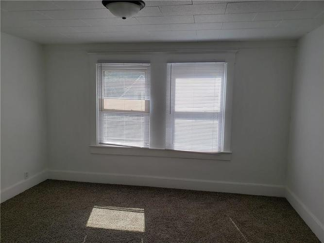 5004 E New York Street Indianapolis, IN 46201 | MLS 21690204 | photo 24