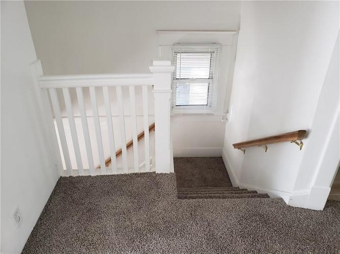 5004 E New York Street Indianapolis, IN 46201 | MLS 21690204 | photo 27