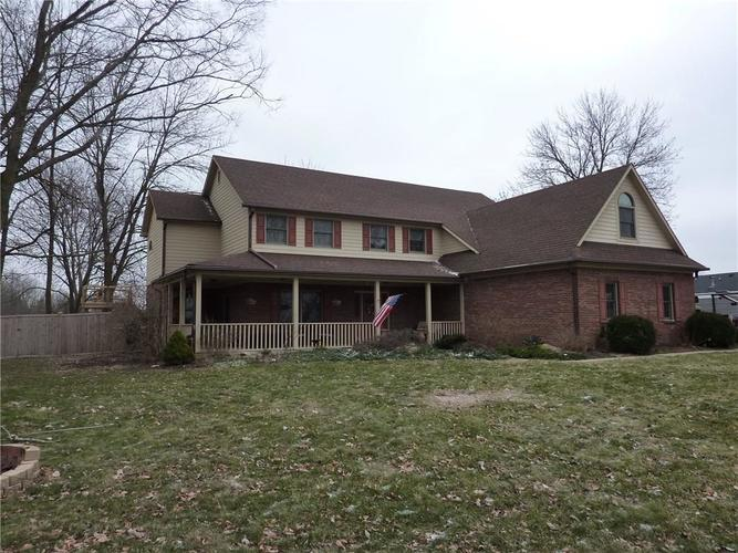 6371 S County Road 600 E Plainfield, IN 46168 | MLS 21690288 | photo 1