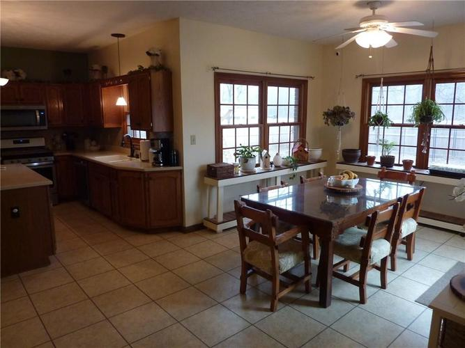 6371 S County Road 600 E Plainfield, IN 46168 | MLS 21690288 | photo 11