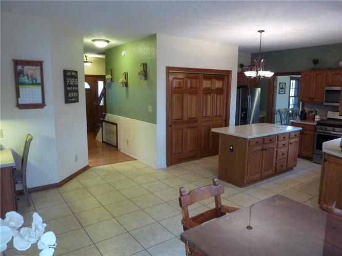 6371 S County Road 600 E Plainfield, IN 46168 | MLS 21690288 | photo 13
