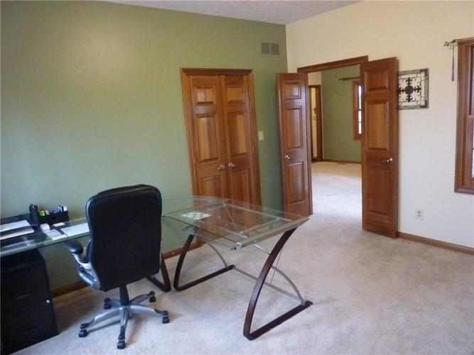 6371 S County Road 600 E Plainfield, IN 46168 | MLS 21690288 | photo 17
