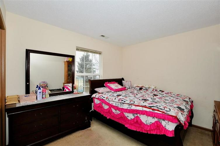 515 Deer Trail Drive Indianapolis, IN 46217   MLS 21690315   photo 24