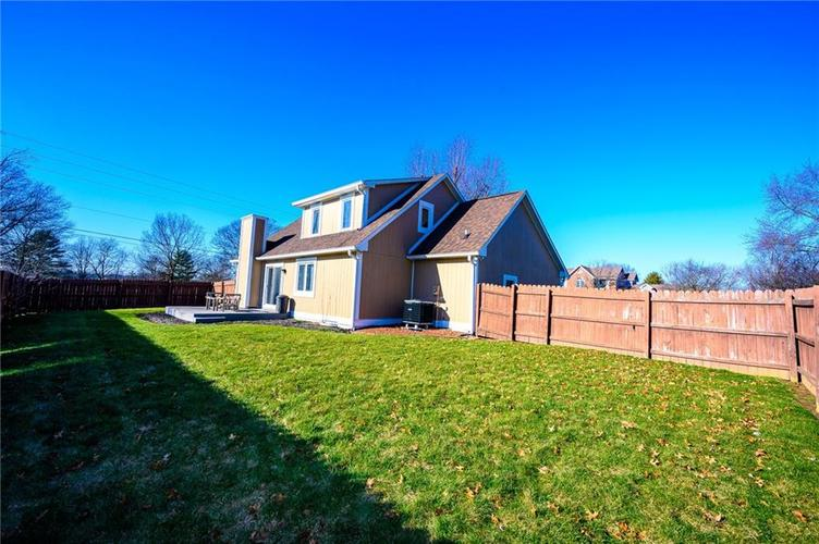 11813 Golf Course Drive Indianapolis, IN 46236 | MLS 21690359 | photo 22