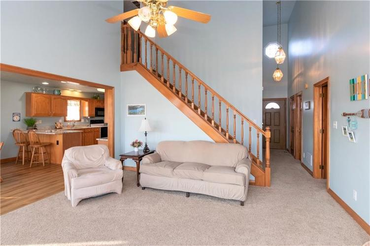 131 Patriots Landing Fillmore, IN 46128 | MLS 21690386 | photo 7