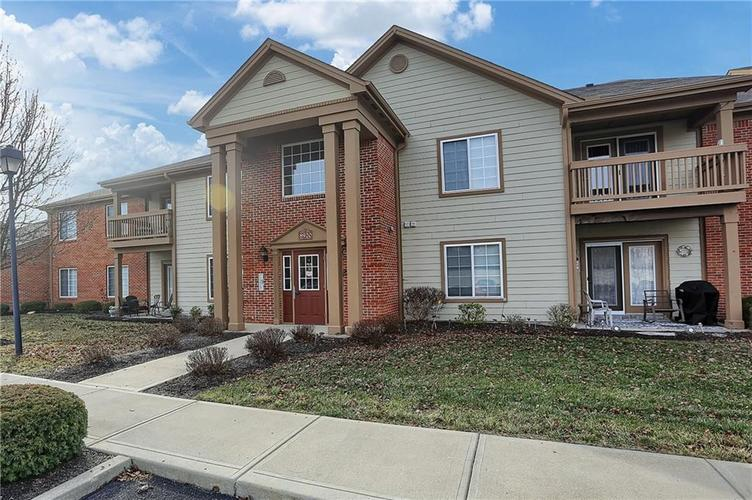8920 Hunters Creek Drive #102 Indianapolis, IN 46227 | MLS 21690389 | photo 2