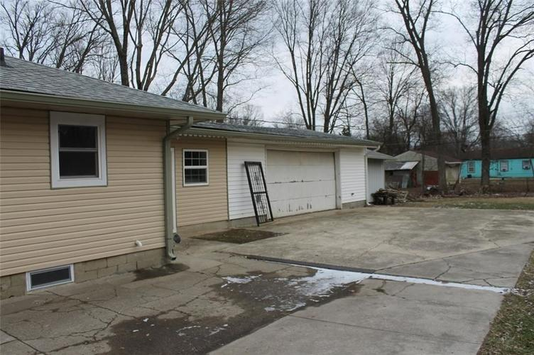 1925 W Coil Street Indianapolis, IN 46260 | MLS 21690414 | photo 5