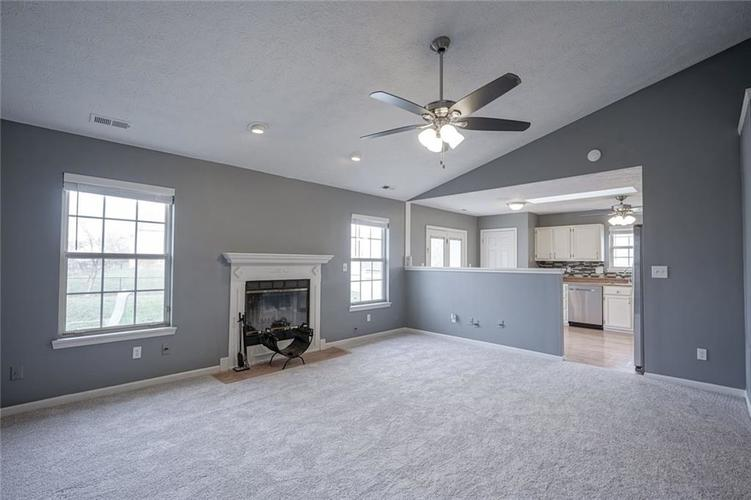 11724 SHANNON POINTE Road Indianapolis, IN 46229   MLS 21690464   photo 9