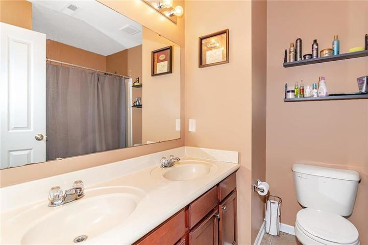 19368 Searay Drive Noblesville, IN 46060 | MLS 21690491 | photo 42