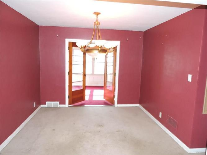 2715 W 44th Street Indianapolis, IN 46228 | MLS 21690537 | photo 10