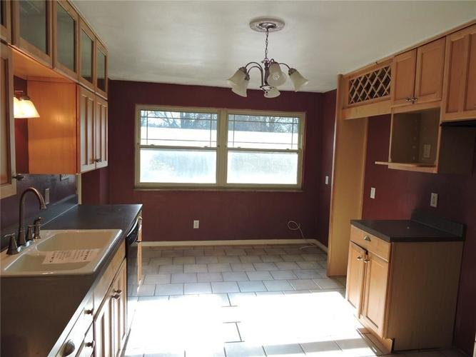 2715 W 44th Street Indianapolis, IN 46228 | MLS 21690537 | photo 12