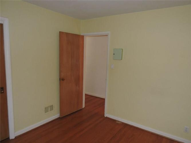 2715 W 44th Street Indianapolis, IN 46228 | MLS 21690537 | photo 14