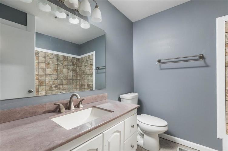 5334 W Epler Road Indianapolis, IN 46221 | MLS 21690651 | photo 16