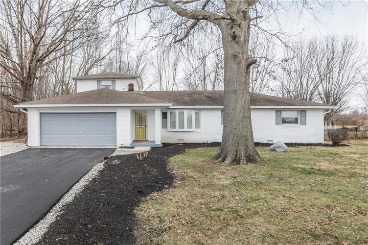 5334 W Epler Road Indianapolis, IN 46221 | MLS 21690651 | photo 2