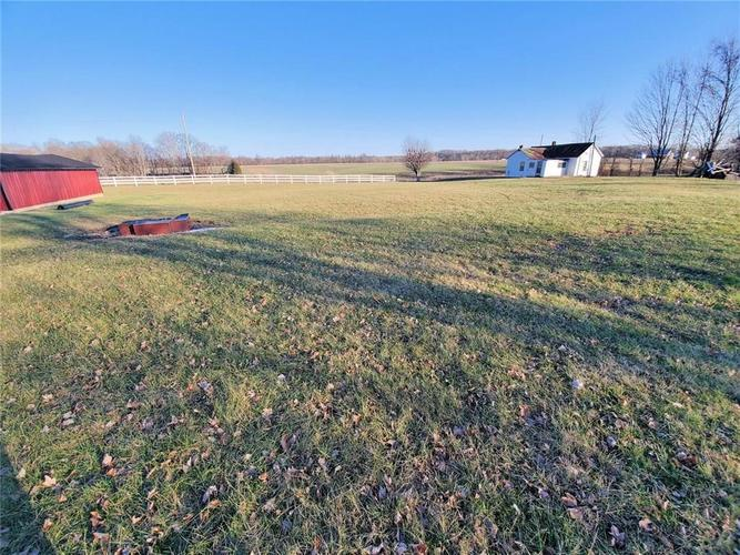 1875 N County Road 700 W North Vernon, IN 47265   MLS 21690674   photo 12