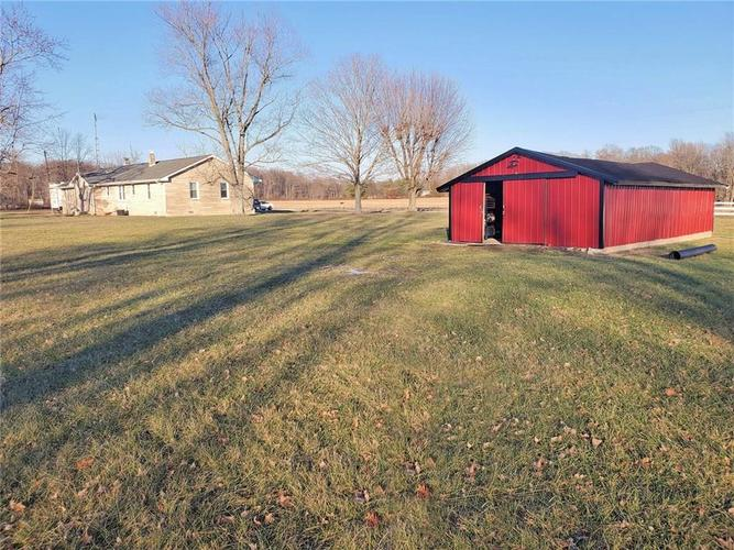 1875 N County Road 700 W North Vernon, IN 47265   MLS 21690674   photo 3
