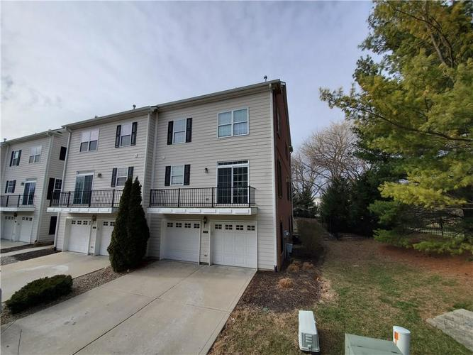 2386 The Springs Drive Indianapolis IN 46260   MLS 21690766   photo 3