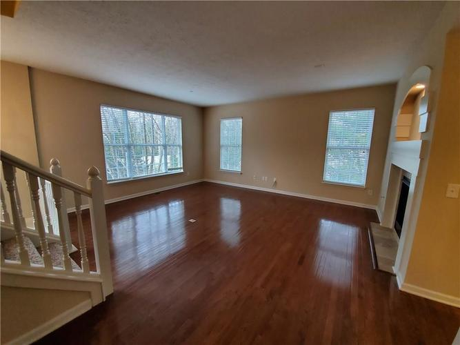 2386 The Springs Drive Indianapolis IN 46260   MLS 21690766   photo 9