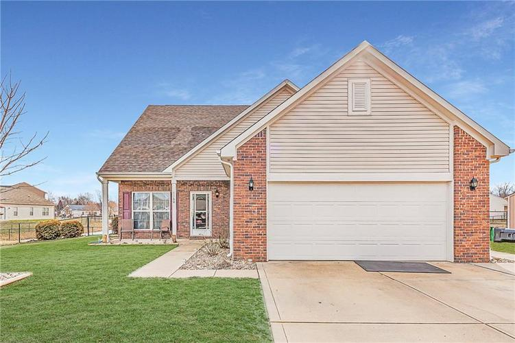 1160  Count Turf Court Whiteland, IN 46184 | MLS 21690803