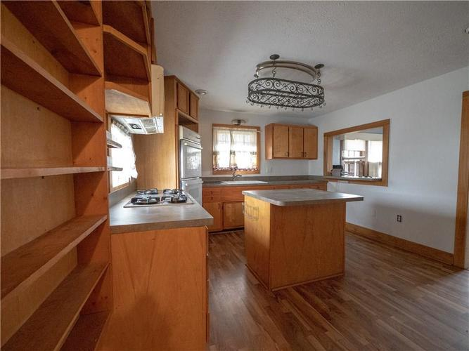 2201 S Lynhurst Drive Indianapolis, IN 46241 | MLS 21690993 | photo 10
