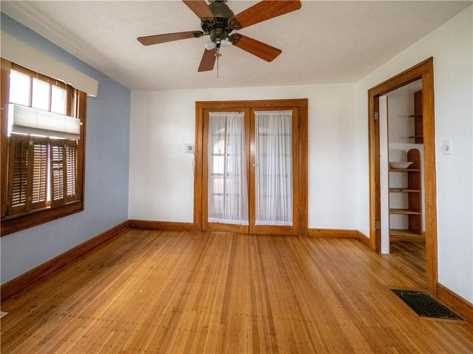 2201 S Lynhurst Drive Indianapolis, IN 46241 | MLS 21690993 | photo 15