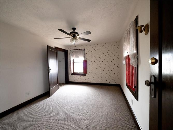 2201 S Lynhurst Drive Indianapolis, IN 46241 | MLS 21690993 | photo 16