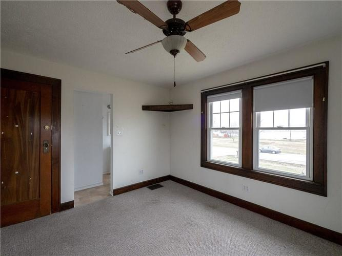 2201 S Lynhurst Drive Indianapolis, IN 46241 | MLS 21690993 | photo 24