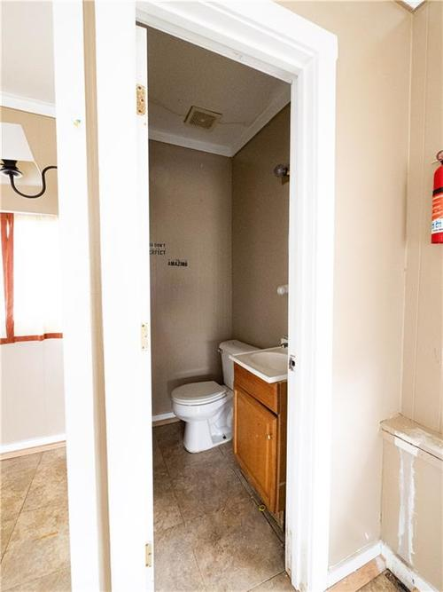 2201 S Lynhurst Drive Indianapolis, IN 46241 | MLS 21690993 | photo 42