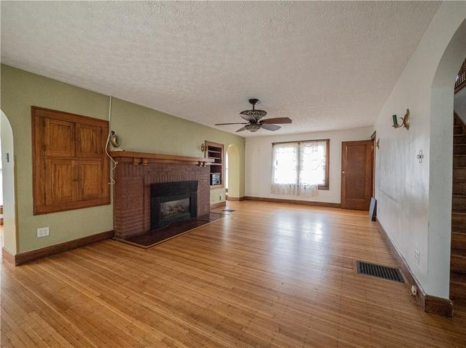 2201 S Lynhurst Drive Indianapolis, IN 46241 | MLS 21690993 | photo 5