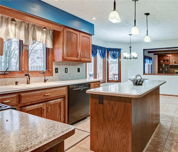12242 Pentwater Court Indianapolis, IN 46236 | MLS 21691010 | photo 14