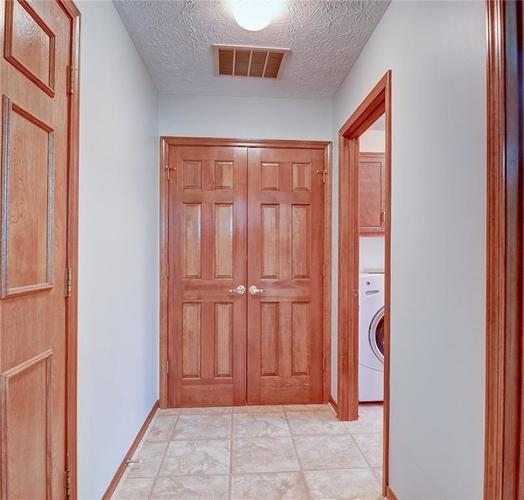 12242 Pentwater Court Indianapolis, IN 46236 | MLS 21691010 | photo 19