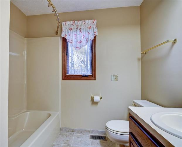 12242 Pentwater Court Indianapolis, IN 46236 | MLS 21691010 | photo 34