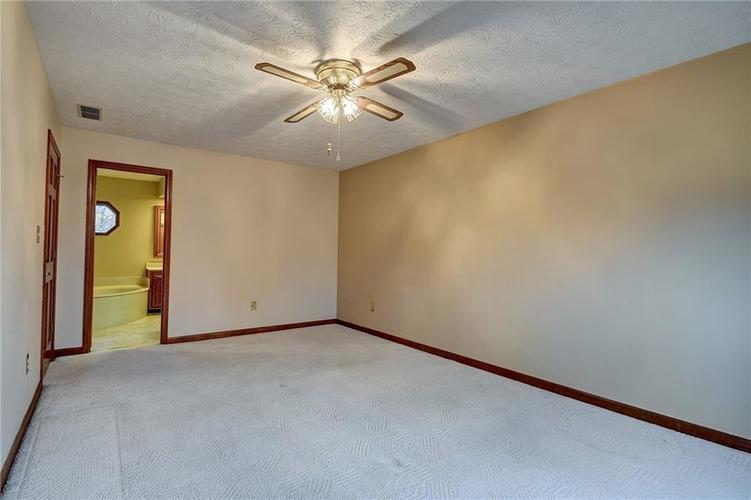 12242 Pentwater Court Indianapolis, IN 46236 | MLS 21691010 | photo 39