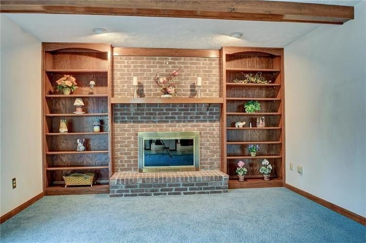 12242 Pentwater Court Indianapolis, IN 46236 | MLS 21691010 | photo 8