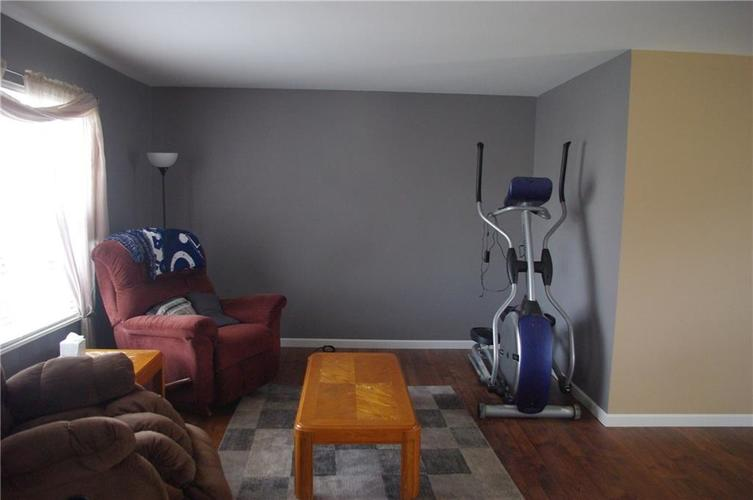 6224 Timberland Court Indianapolis, IN 46221 | MLS 21691011 | photo 10