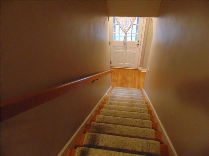 208 W Roberts Indianapolis, IN 46217 | MLS 21691020 | photo 14