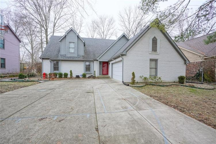 7632  PINESPRINGS W Drive Indianapolis, IN 46256 | MLS 21691054