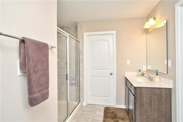 517 Amersham Court Avon, IN 46123 | MLS 21691242 | photo 22