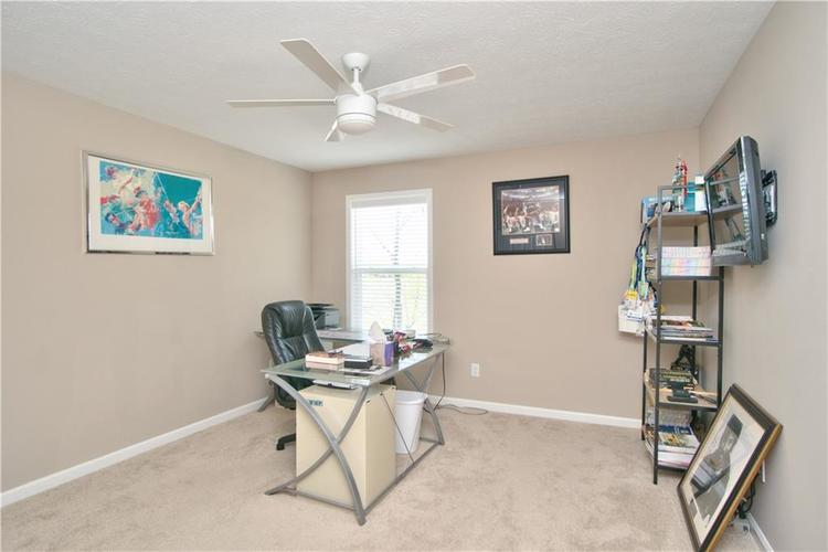 517 Amersham Court Avon, IN 46123 | MLS 21691242 | photo 24