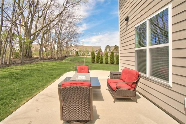 517 Amersham Court Avon, IN 46123 | MLS 21691242 | photo 4