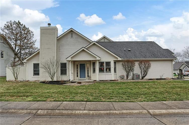 6511  AINTREE Place Indianapolis, IN 46250 | MLS 21691295
