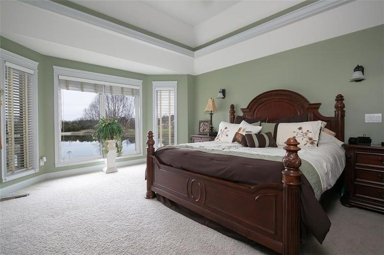 2511 WOODLAND FARMS Drive Columbus IN 47201 | MLS 21692609 | photo 17