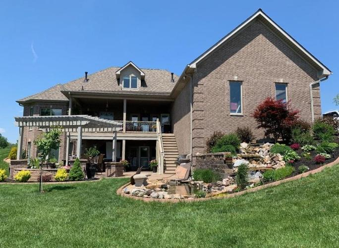 2511 WOODLAND FARMS Drive Columbus IN 47201 | MLS 21692609 | photo 39