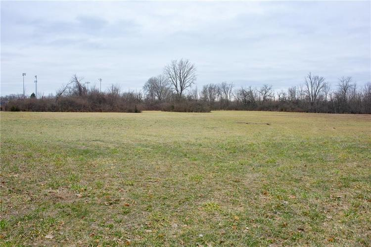 4000 S Post Road S Indianapolis IN 46239 | MLS 21692625 | photo 1